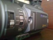 Продам професійну відеокамеру