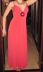 Модные вечерние платья в очень хорошом состоянииРовно
