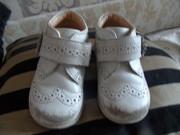 Ботинки Chicco ТОРГ 120 грн,
