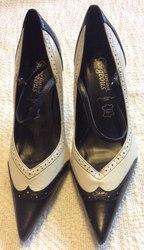 Жіночі класичні шикарні туфлі