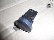 Кнопка аварийки Renault Clio II 01-05