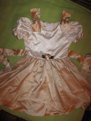 Продам платье на девочку 3-5 лет