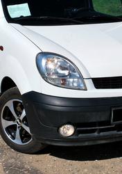 Куплю переднюю правую фару(белым повортоником)для Renault Kangoo(2004)